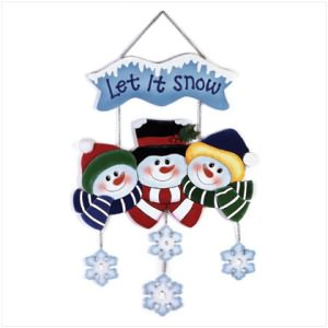 """Let It Snow"" Snowman Family"